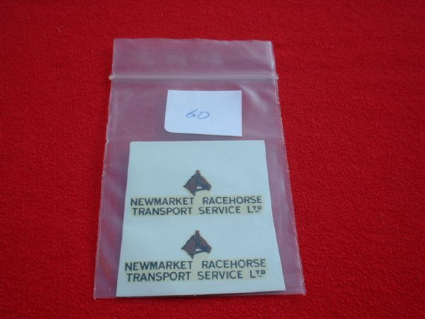 "Dinky Toys 979 Horsebox ""NEWMARKET RACEHORSE TRANSPORT SERVICE LTD"" TRANSFERS / DECALS"